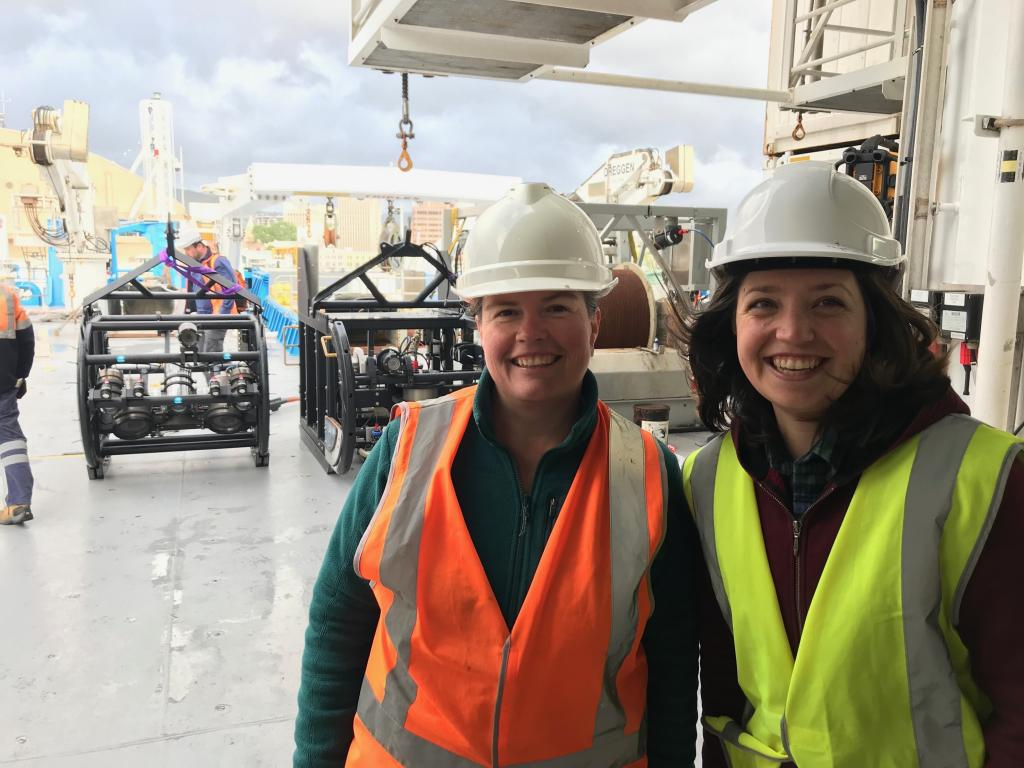 Cath Sampson and Cassie Layton from Parks Australia, just before Investigator departed Hobart. Image Parks Australia/CSIRO