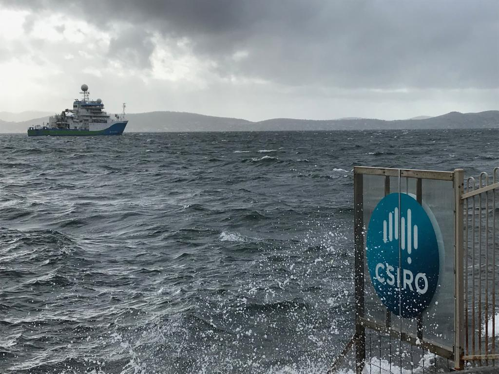 Investigator heads off from the CSIRO wharf on the Derwent River. Image: Parks Australia